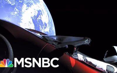 Tony Stark aka  Elon Musk schießt einen Tesla ins All