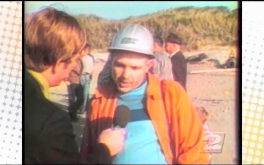 """Wie man einen toten Wal am Strand mit Dynamit """"entsorgt"""""""